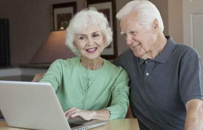 640_elderly-tech-696x446